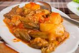 Stewed okras with potatoes
